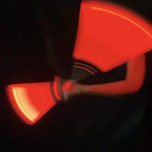 nunchaku lumineux rouge